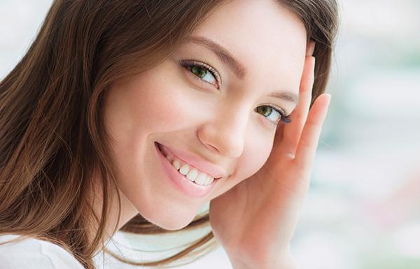 3 consejos para cuidar tus implantes dentales